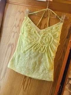 🚚 黃淑琦設計師品牌蘋果綠高端質感蕾絲紗網花朵露背繫帶背心上衣