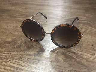Sunglasses/kacamata