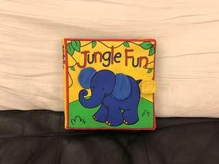 🚚 Jungle Fun布書。二手