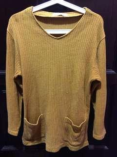 Knitted Top / Knitwear