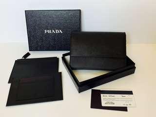Authentic Brand New Prada Small Carry Clutch Bag Nero/Black