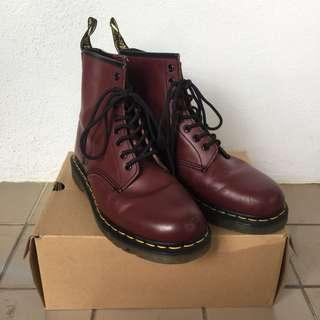 SCORPION BOOTS LOOK ALIKE DR MARTENS