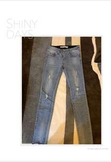 🚚 ❤️激瘦淺刷色 微破彈性牛仔褲 S號 (褲頭升級版)❤️