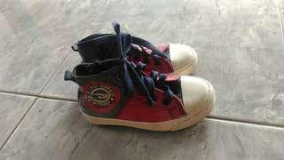 Sepatu Merk Disney size 29