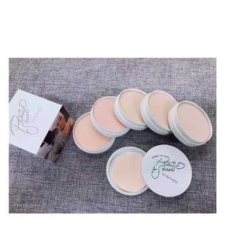 🔥Mac white 5in1 Facepowder  P180