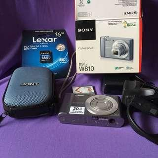 Sony DSC W810 20megapixels with box and accesories