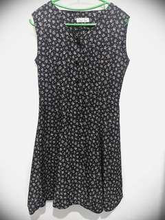 Button down sleeveless dress