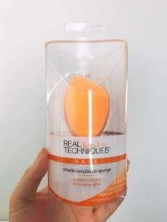 *NEW* Real techniques miracle complexion sponge