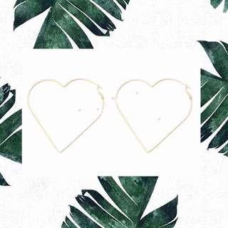 🚚 *new* cute dela silver heart shaped hoop earrings