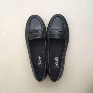 SALE 🔴 Palmira Loafers
