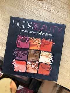 Huda beauty pallet