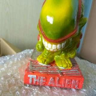 The alien toys paper weight decorative