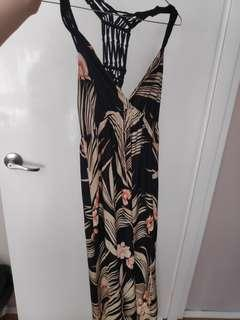 Maxi dress size 10 black flowery patterb