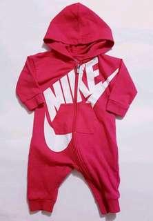 NIKE Track Suit size 3-6 months in Great Condition