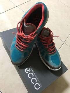 🚚 歐洲名品ecco好鞋36尺寸近新23.5cm 原價5980