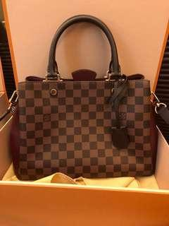 Louis Vuitton (Brittany in Bordeaux) AUTHENTIC/BRAND NEW