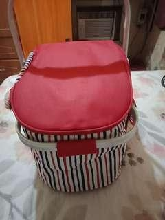 INSULATED PICNIC BASKET