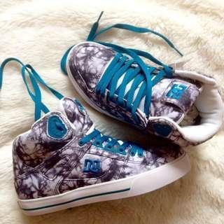 DC Shoes Woman (prod. Sample)