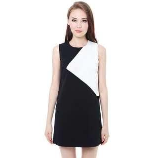 🚚 MDS Collection Textured Dress in Black and White