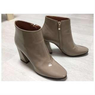 👢BRAND NEW Latest Korean Stylish Ankle Boots ~ Size 225~230!👢