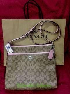 Brand New Authentic/Original COACH Signature File Bag