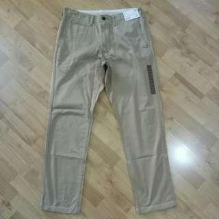 Uniqlo Vintage Regular Fit Chino Flat Front Beige Pants
