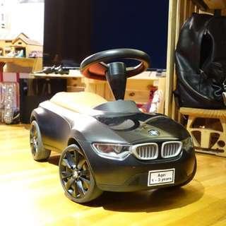 🚚 BMW原廠 兒童學步車 消光黑