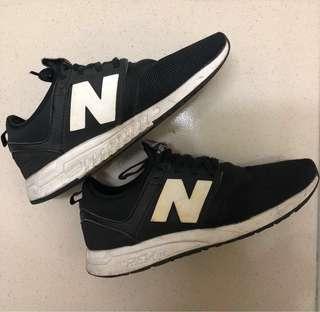 🚚 New balance 247 黑白