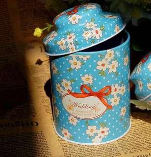 🔥 HOT SELLING 🔥 CANISTER WITH ROCHER INSERTION- Doorgift
