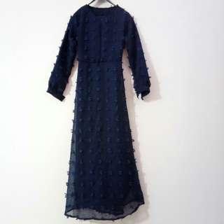 Dress panjang Ruby warna navy
