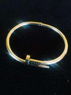 Csrtier Stainless Nail Bangle