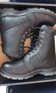 Safety boots (high cut)
