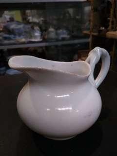 wadah susu keramik cantik