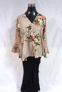 Floral button top