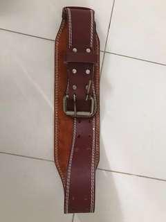 Weight lifting belt brown leather