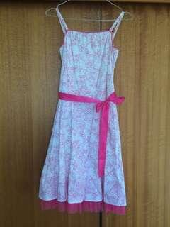 Pink/white dress