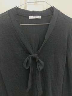 🚚 Mango 灰色針織蝴蝶結長袖