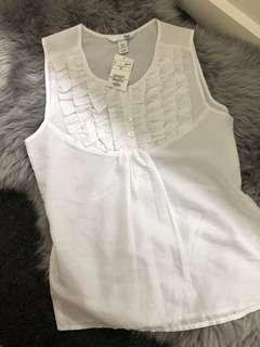 Cute white H&M blouse BNWT size Small
