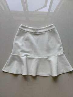 Zalora white mermaid flare skirt