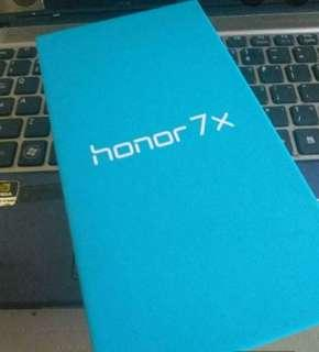 Honor 7x 4/64gb