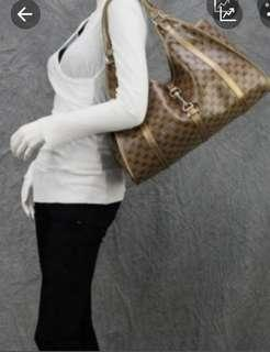 💯 💯Authentic Gucci Joy D-Ring Large Tote 203493-213317, Made In Italy