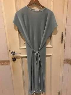 Ponytale dress