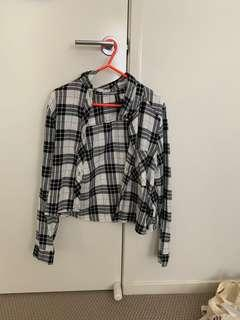 black and white cropped flannel