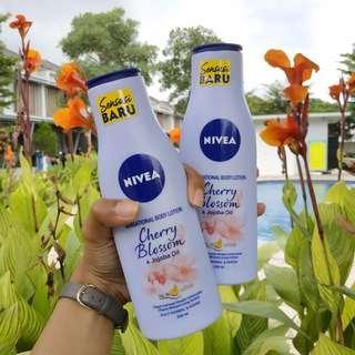 Nivea Sensational Body Lotion Cherry Blossom & Jojoba Oil