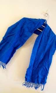 🚚 藍色 圍巾