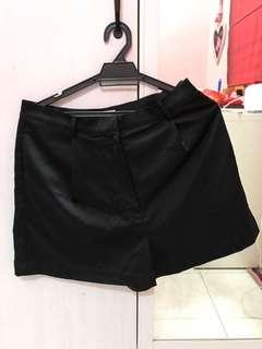 H&m black satin shorts
