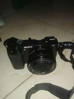 Sony a6000 like new