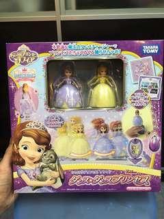 Takara Tomy disney公主玩具