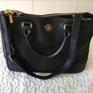 RTP1675 Tory Burch Black Robinson Saffiano Double Zip Bag