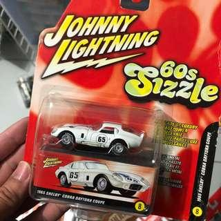 Johnny Lightning Daytona coupe